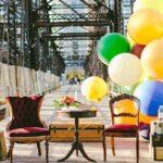 Casal de idosos comemora 61º aniversário com fotos inspiradas em 'UP – altas aventuras'
