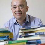 Autores lançam livros em série sobre ter um negócio