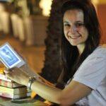 Aparelhos para leitura de livros digitais são alternativa para quem lê muito e quer gastar pouco